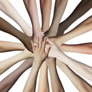 多様な人種の手